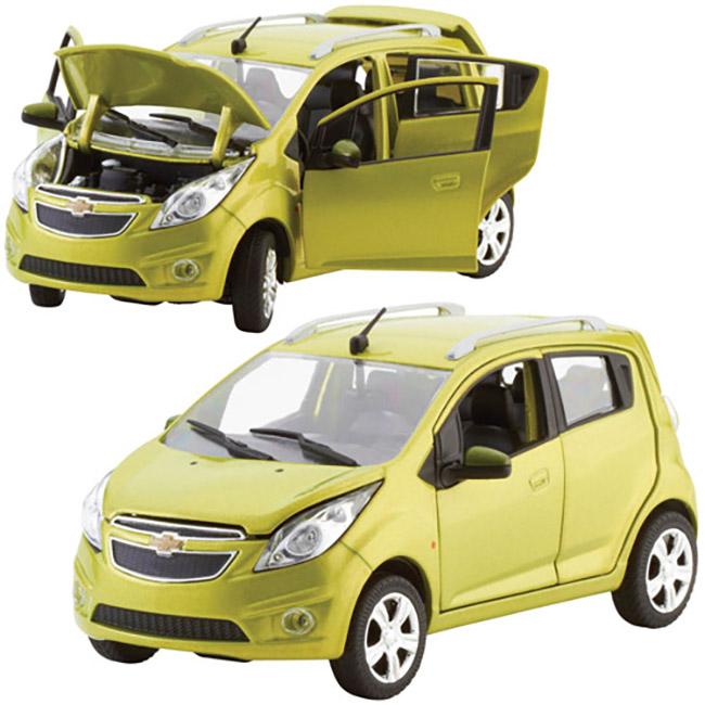 Chevrolet Spark 1:24 Green Die Cast-ChevyMall